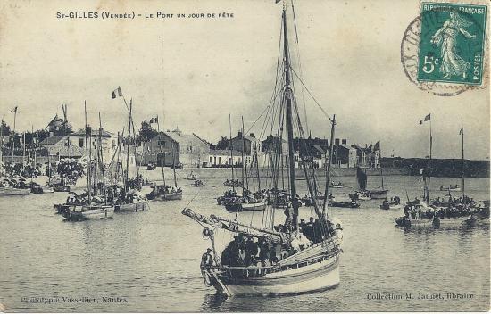 St-Gilles-sur-Vie, le port un jour de fête.