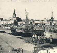 Le port et le quai de St-Gilles-sur-Vie.