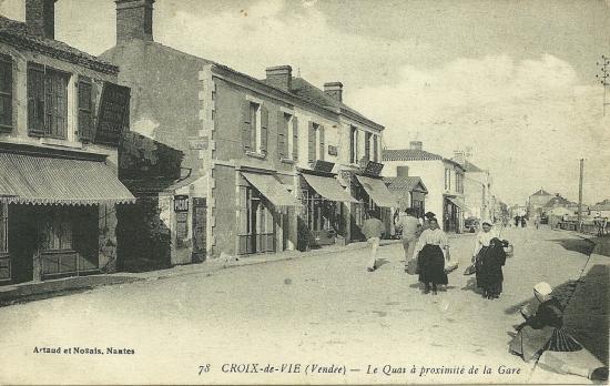 Croix-de-Vie, le quai à proximité de la gare.