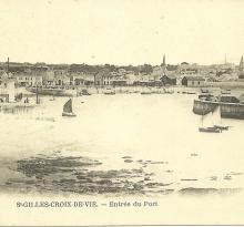 St-Gilles-Croix-de-Vie, entrée du port.