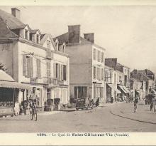 St-Gilles-sur-Vie, le quai, hôtel des voyageurs.