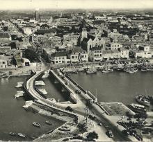 St-Gilles-sur-Vie, les deux ponts sur le port.