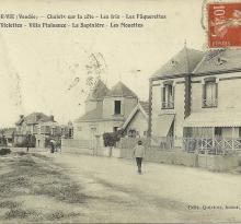 Croix-de-Vie, chalets sur la côte.