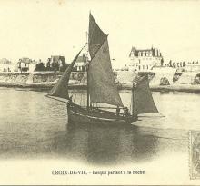 Croix-de-Vie, barques partant à la pêche.