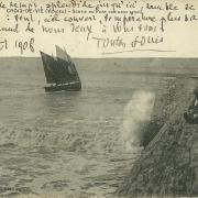 Croix-de-Vie, entrée du port.