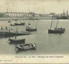 Croix-de-Vie, le port, séchage des filets.