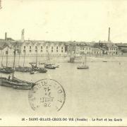 St-Gilles-Croix-de-Vie, le port et les quais.