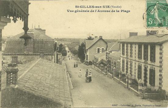 St-Gilles-sur-Vie, vue générale de l'avenue de la plage.