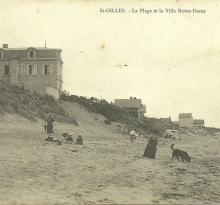 St-Gilles-sur-Vie, la plage et la villa Notre-Dame.