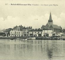 St-Gilles-sur-Vie, les quais près de l'église.