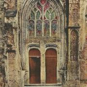 St-Gilles-sur-Vie, la porte de l'église.
