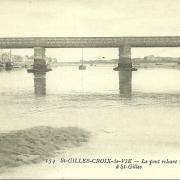 St-Gilles-Croix-de-Vie, le pont reliant.