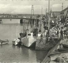St-Gilles-sur-Vie, un coin du port et le pont.