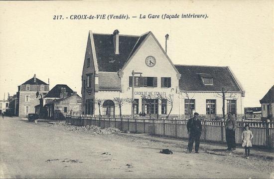 croix-de-Vie, la gare façade intérieure.