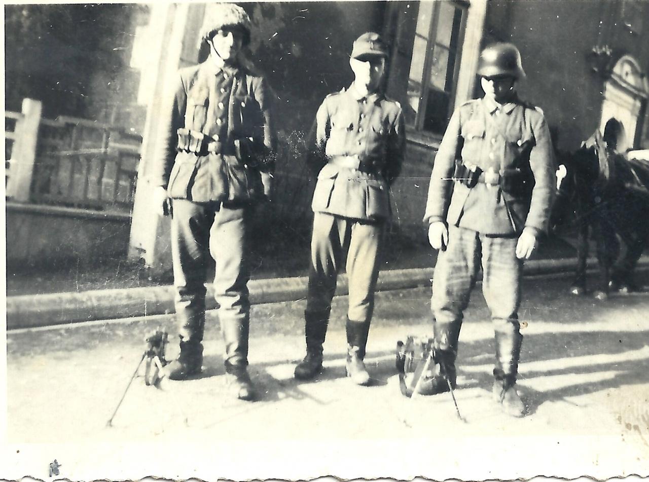 St-Gilles-sur-Vie, allemands rue du château en 1943.