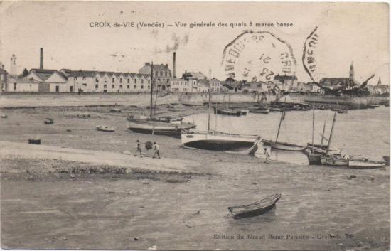 Croix-de-Vie, les quais à marée basse.