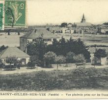 St-Gilles-sur-Vie, vue générale prise sur les dunes.