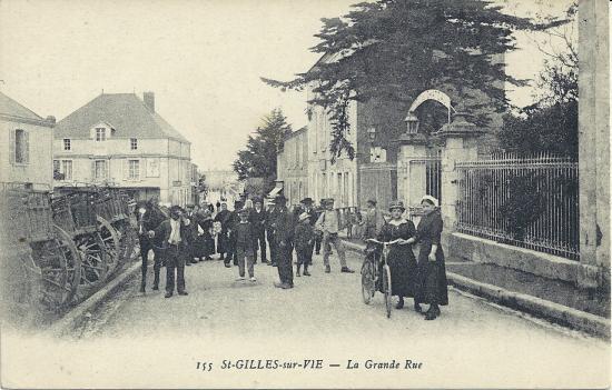 St-Gilles-sur-Vie, la grande rue.