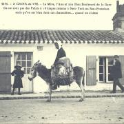 Croix-de-Vie, la mère et son fieu, boulevard de la gare.
