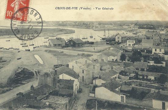 Croix-de-Vie, vue générale du port et de la gare.