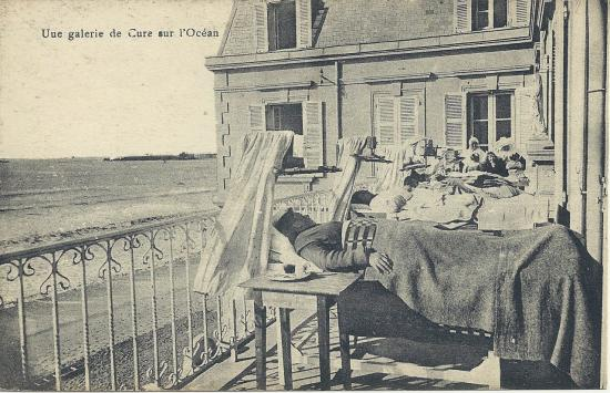 St-Gilles-sur-Vie, une galerie de cure.
