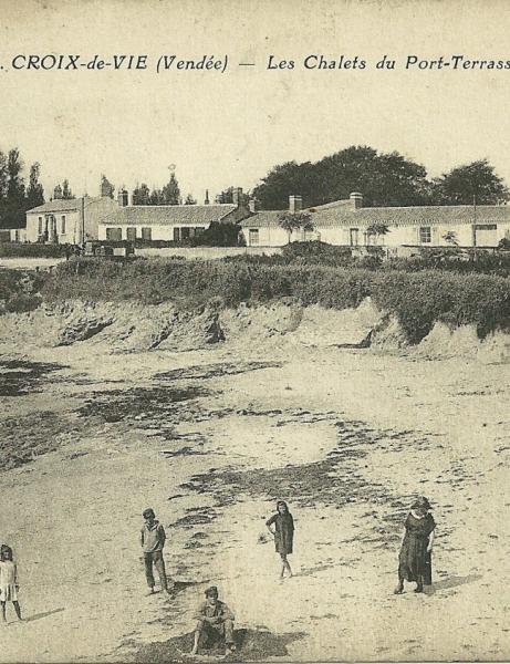 La plage, le casino et la corniche de Croix-de-Vie