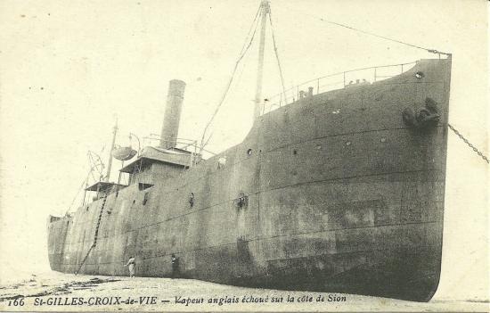 St-Gilles-Croix-de-Vie, un vapeur anglais échoué.