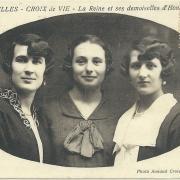 St-Gilles - Croix-de-Vie, la Reine et ses demoiselles d'honneur.