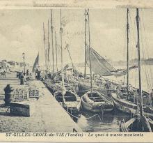 St-Gilles-Croix-de-Vie, le quai à marée montante.
