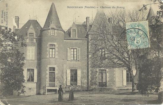 Sigournais, le château du Bourg.