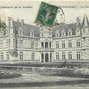 Bourneau, le château.