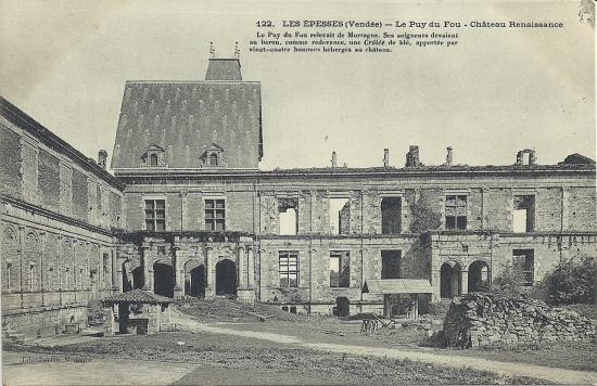 Les Epesses, le château du Puy du Fou.