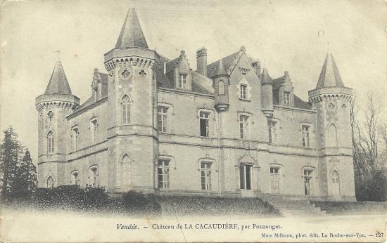 Pouzauges, château de la Cacaudière.