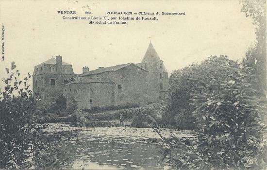 Pouzauges, le château de Boisménard.