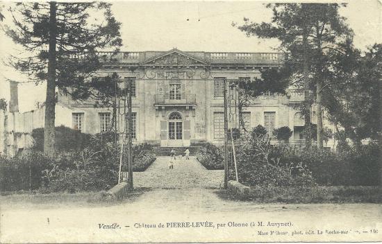 Olonne, le château de Pierre-Levée.