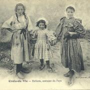 Croix-de-Vie, enfants, costume du pays.