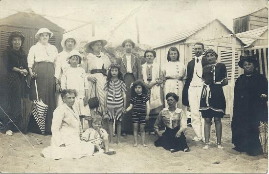 St-Gilles-sur-Vie, une famille en villégiature.