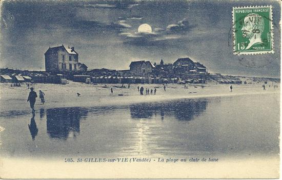 St-Gilles-sur-Vie, la plage au clair de lune.