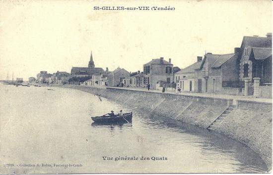 St-Gilles-sur-Vie, vue générale des quais.