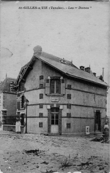 St-Gilles-sur-Vie, villa Les Dunes.