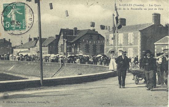 St-Gilles-sur-Vie, les quais, près de la passerelle.