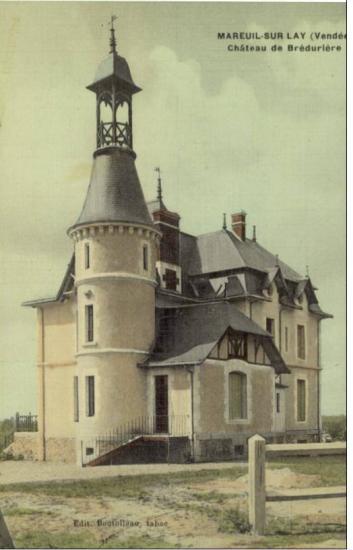 Mareuil-sur-le-Lay, château de Brédurière.