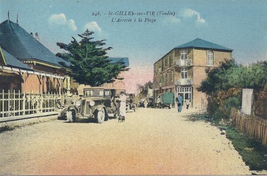 St-Gilles-sur-Vie, l'arrivée à la plage.