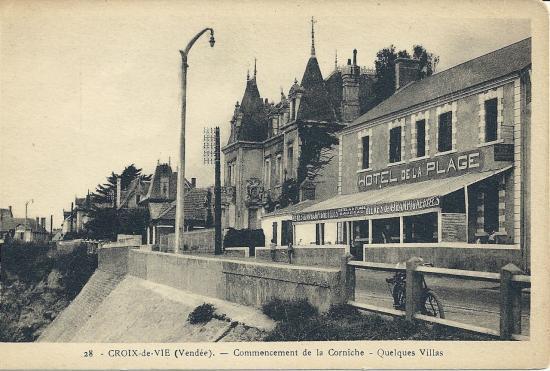 Croix-de-Vie, commencement de la corniche.