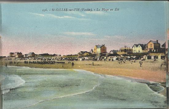 St-Gilles-sur-Vie, la plage en été.
