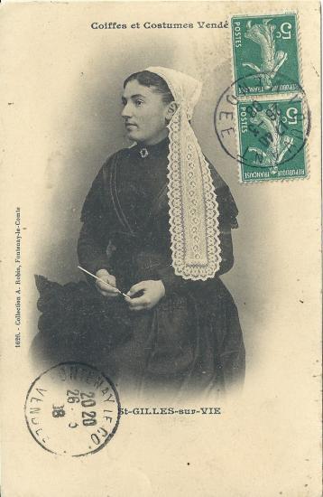 St-Gilles-sur-Vie, coiffes et costumes vendéens.