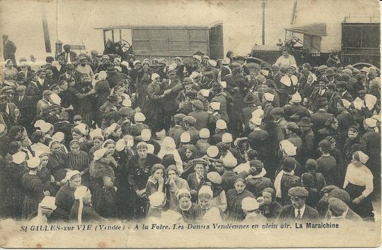 St-Gilles-sur-Vie, les danses vendéennes.