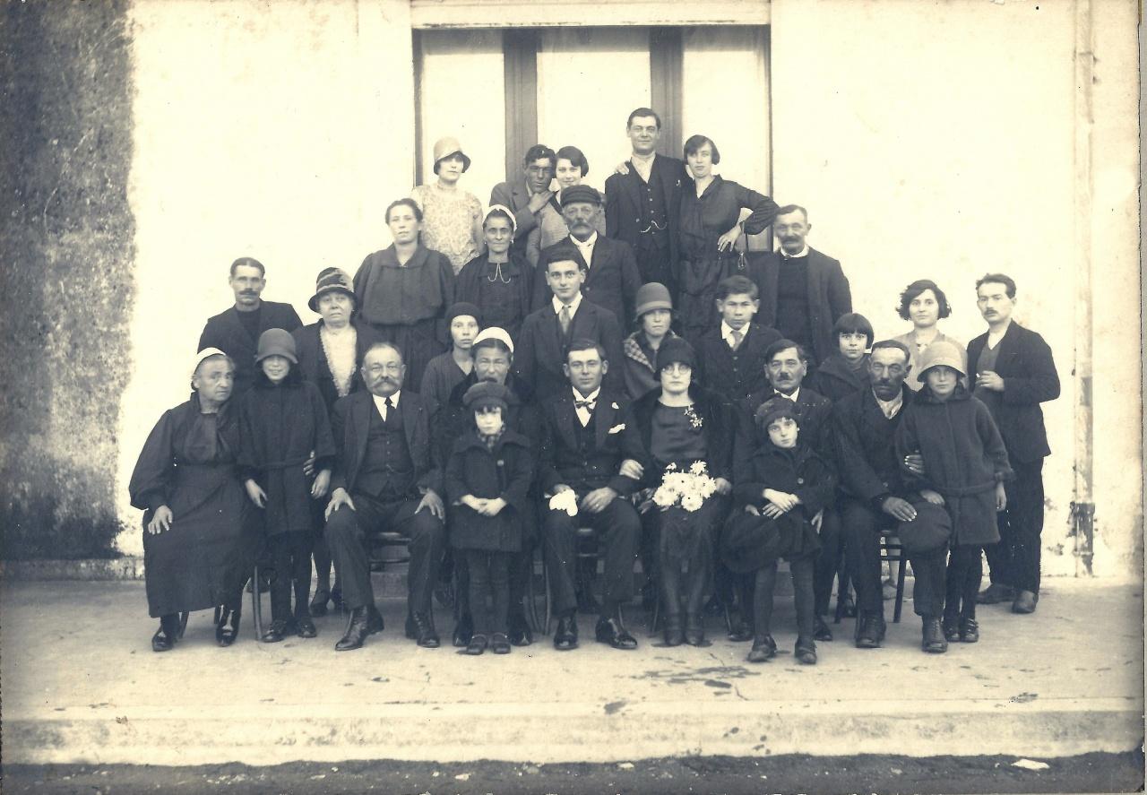 St-Gilles-sur-Vie, mariage famille MORIN dans les années 1920.