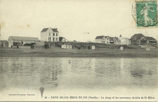 St-Gilles-sur-Vie, la plage et les nouveaux chalets.