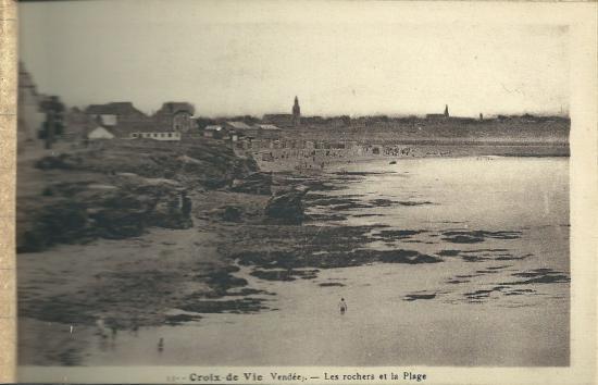 Croix-de-Vie, les rochers de la plage.
